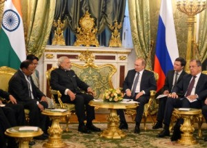The Prime Minister, Shri Narendra Modi and the President of Russian Federation, Mr. Vladimir Putin begin the 16th Annual Summit with a restricted meeting, in Moscow, Russia on December 24, 2015.